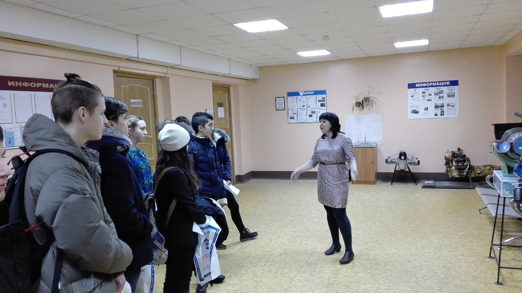 Досуг Глазурная проститутки-индивидуалки питера плошать ленина метро